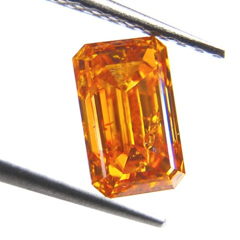 1.10-carat, emerald-cut, fancy vivid orange diamond