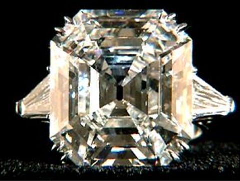 33.19-carat, Asscher-cut, D-color,Krupp Diamond