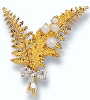 A Cultured Pearl Fern Brooch