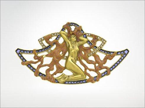 Art Nouveau brooch with female figure