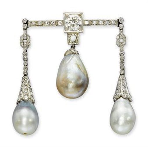 Belle Époque Pearl and Diamond Triple-Pendant Brooch