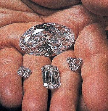 Beluga and the three satellite diamonds