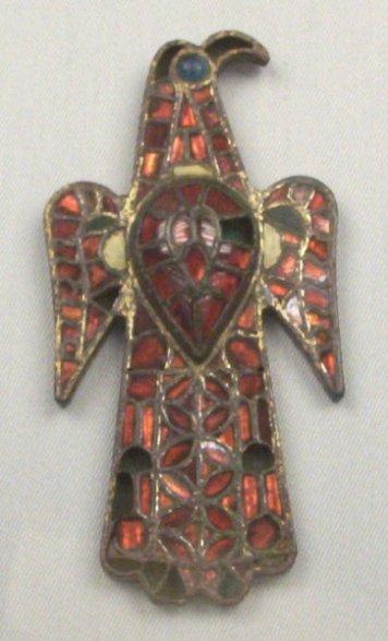 Bronze eagle shaped fibula, cloisonné enamel. 6th A.D.