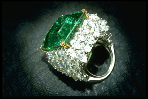 Chalk Emerald Ring,37.82-carat Square Emerald-cut,Bluish-Green of ...