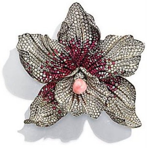 The US$351,000 Chopard's Diamond, Spinel and Conch Pearl Brooch