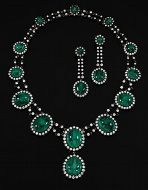 Countess Alina de Romanones emerald and diamond demi-parure