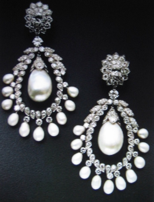 Doris Duke's Pair of Pearl and Diamond Ear Pendants