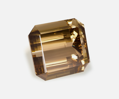 El-Dorado Topaz with the Programa Royal Collections