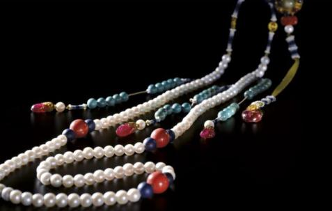 Yongzheng Emperor's Eastern Pearl Court Necklace and Turquoise Jinians