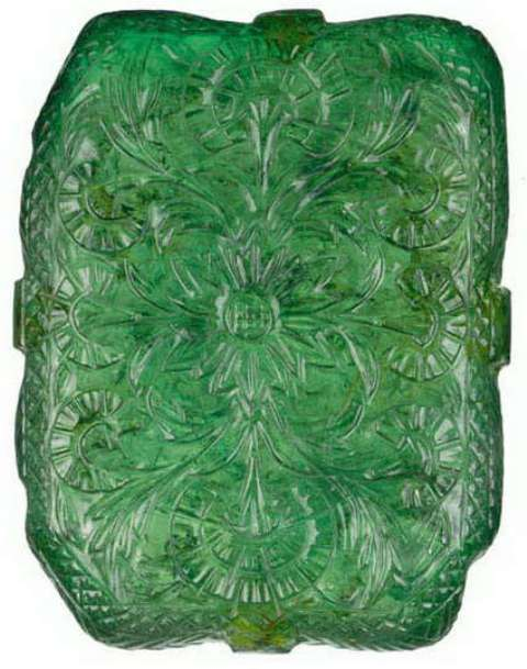 floral pattern on the reverse side of the moghul emerald