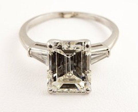G10600 - 4.58-carat emerald-cut-diamond and platinum ring