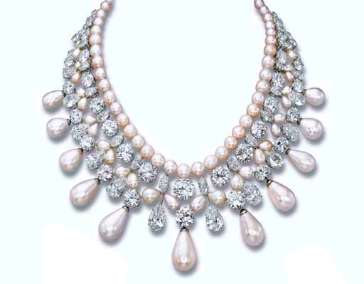 The Diamond and Pearl Articulated Necklace of the Gulf Pearl Parure