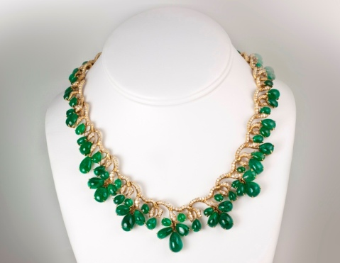 Julius Cohen 18k yellow-gold emerald and diamond necklace