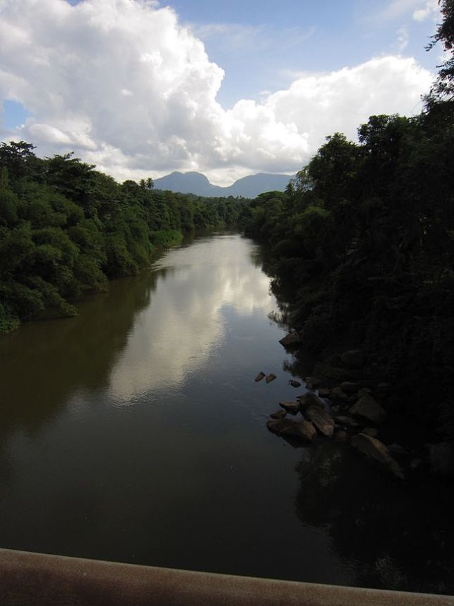 Kalu Ganga (Black River) flowing through Ratnapura