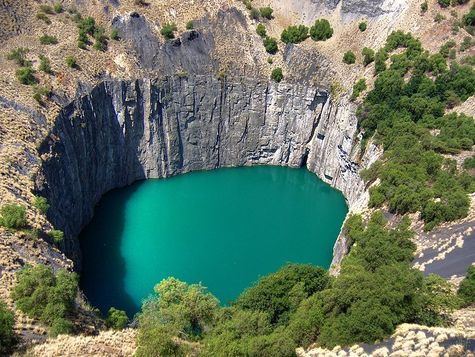 kimberley-open-pit-mine-the-big-hole