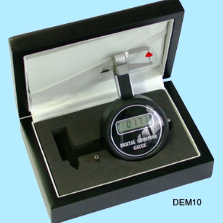 Kruess Digital Gemstone Gauge.
