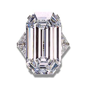 "The La Favorite diamond, being a D-color diamond is a Type IIa diamond, which are said to be the ""purest of the pure"" of all diamonds. They are chemically pure and structurally perfect diamonds."