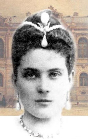 Princess Zinaida Yusupov wearing the La Pelegrina Pearl as a head ornament surmounted by the La Regente Pearl