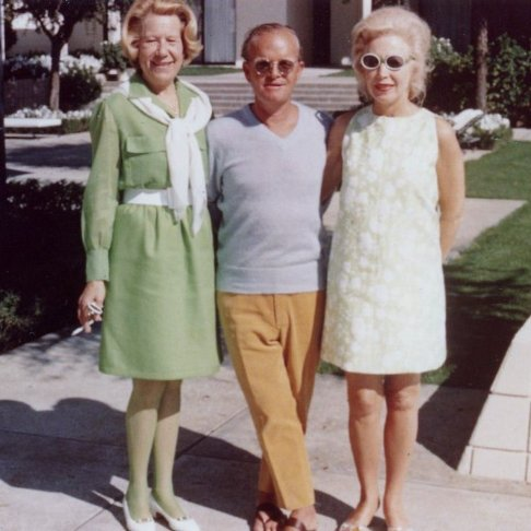 Lita Annenberg Hazen (left) with her sister Evelyn Annenberg Jaffe Hall and Truman Capote during a visit to Sunnylands, the Caifornia estate of their brother Walter Annenberg
