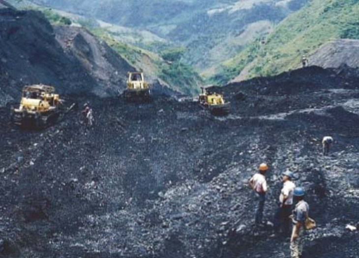 Open-pit mining at Cosquez mine in Colombia - photo, courtesy GIA