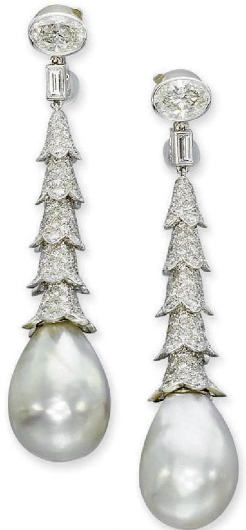 Belle Époque Pair of Natural Pearl and Diamond Ear Pendants by Cartier