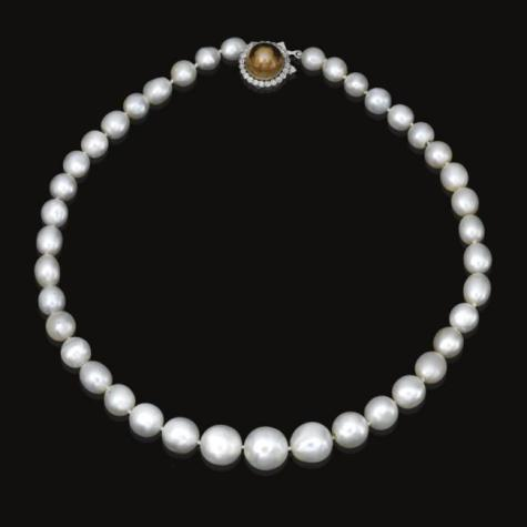 Single strand natural pearl and diamond necklace from the collection of an unidentified European noble family.