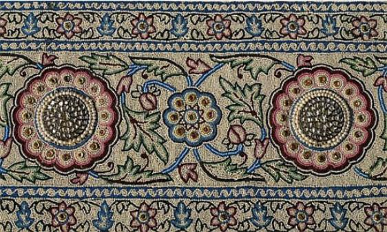 The Pearl Carpet of Baroda- peripheral rosettes.