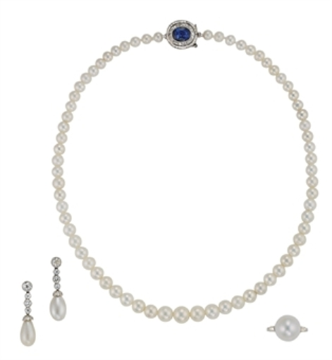 Pearl jewelry suite consisting of a necklace, pair of pendent earrings and a ring