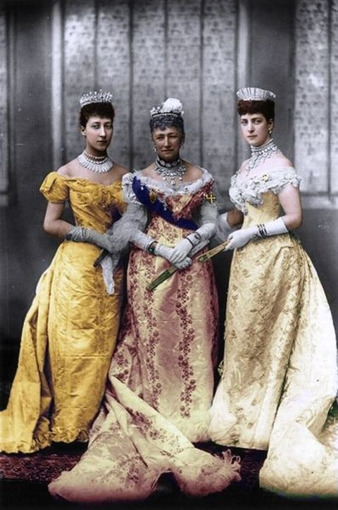 Princess Alexandra (right) with her mother Princess Louise of Hesse-Cassel (center) and her eldest daughter Princess Royal and Duchess of Fife Louise.