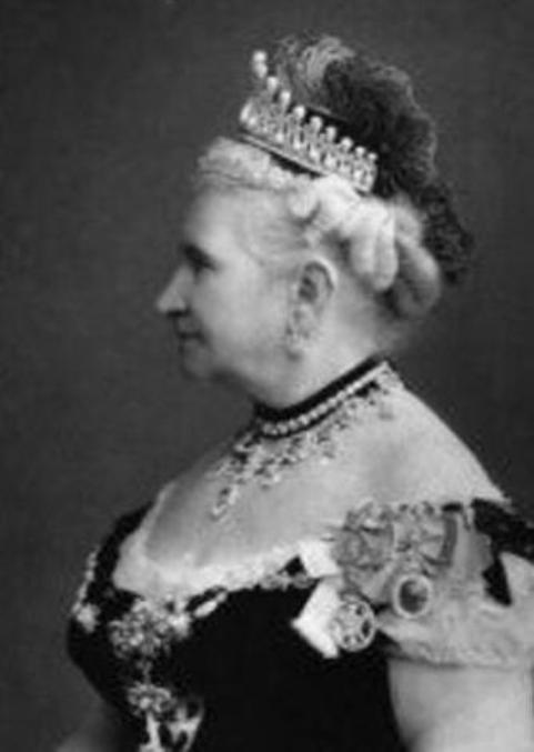 princess augusta of cambridge wearing the lovers knot tiara