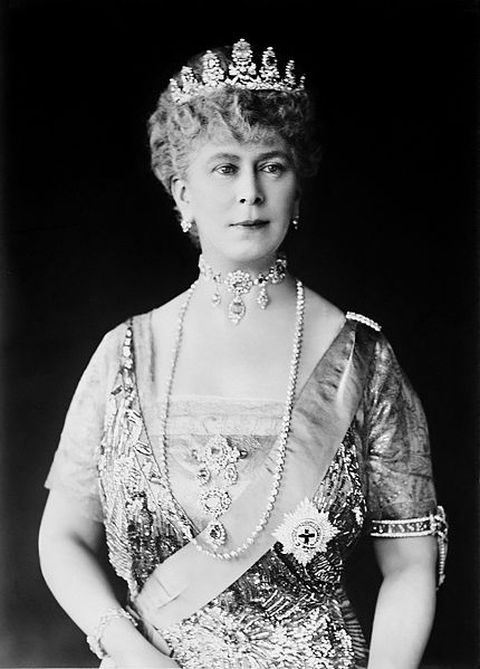 Formal portrait of Queen Mary, Queen Consort of King George V, King of the United Kingdom, the British Dominions and Emperor of India