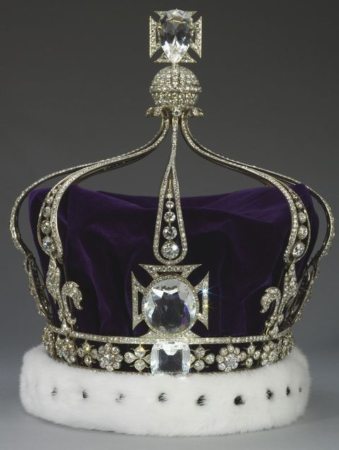queen-marys-crown