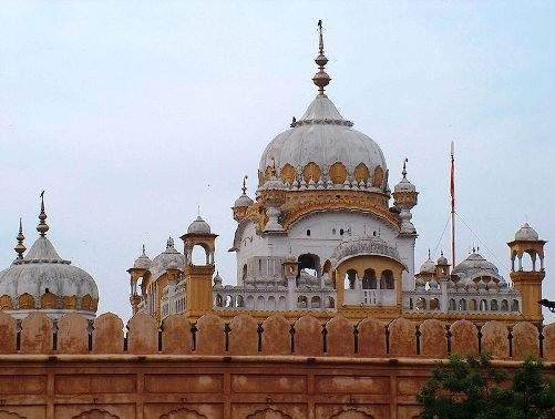 Samadhi of Maharajah Ranjeet Singh at Lahore